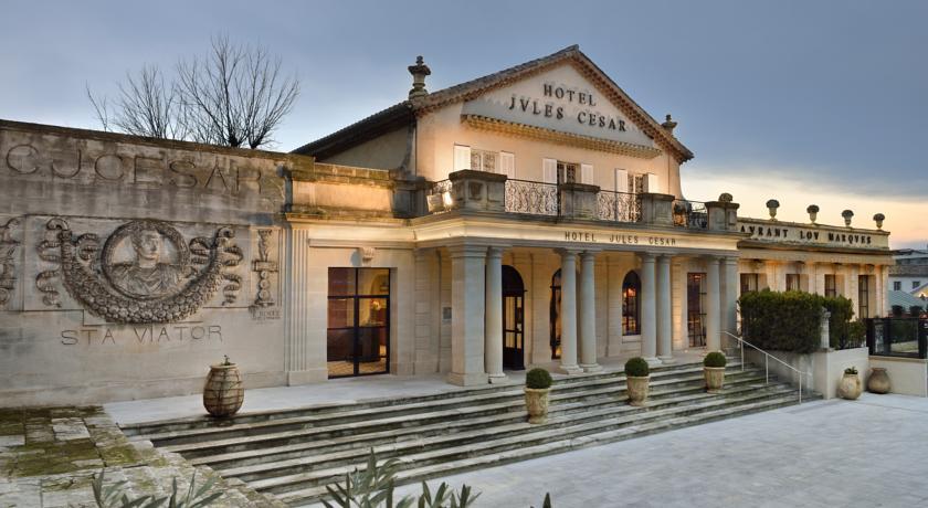 Fashion hotel le residenze di lusso foto - Hotel porte de camargue arles provence ...