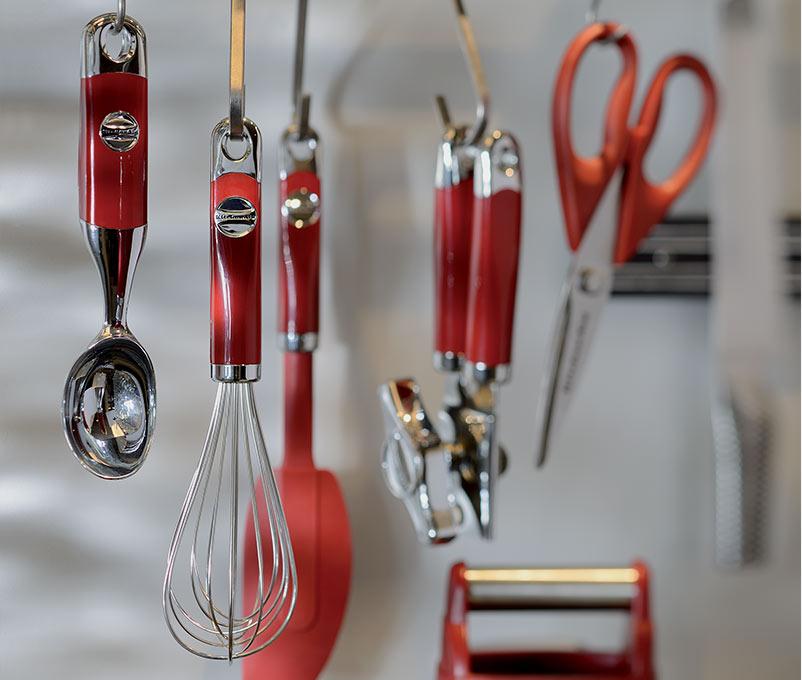 Accessori per cucina gli utensili essenziali per ogni - Accessori per cucina country ...