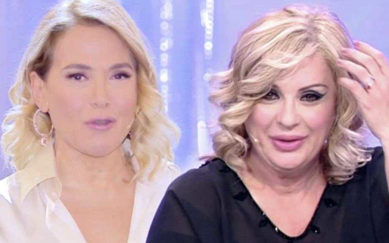 Barbara D Urso In Collegamento Con Tina Cipollari News E